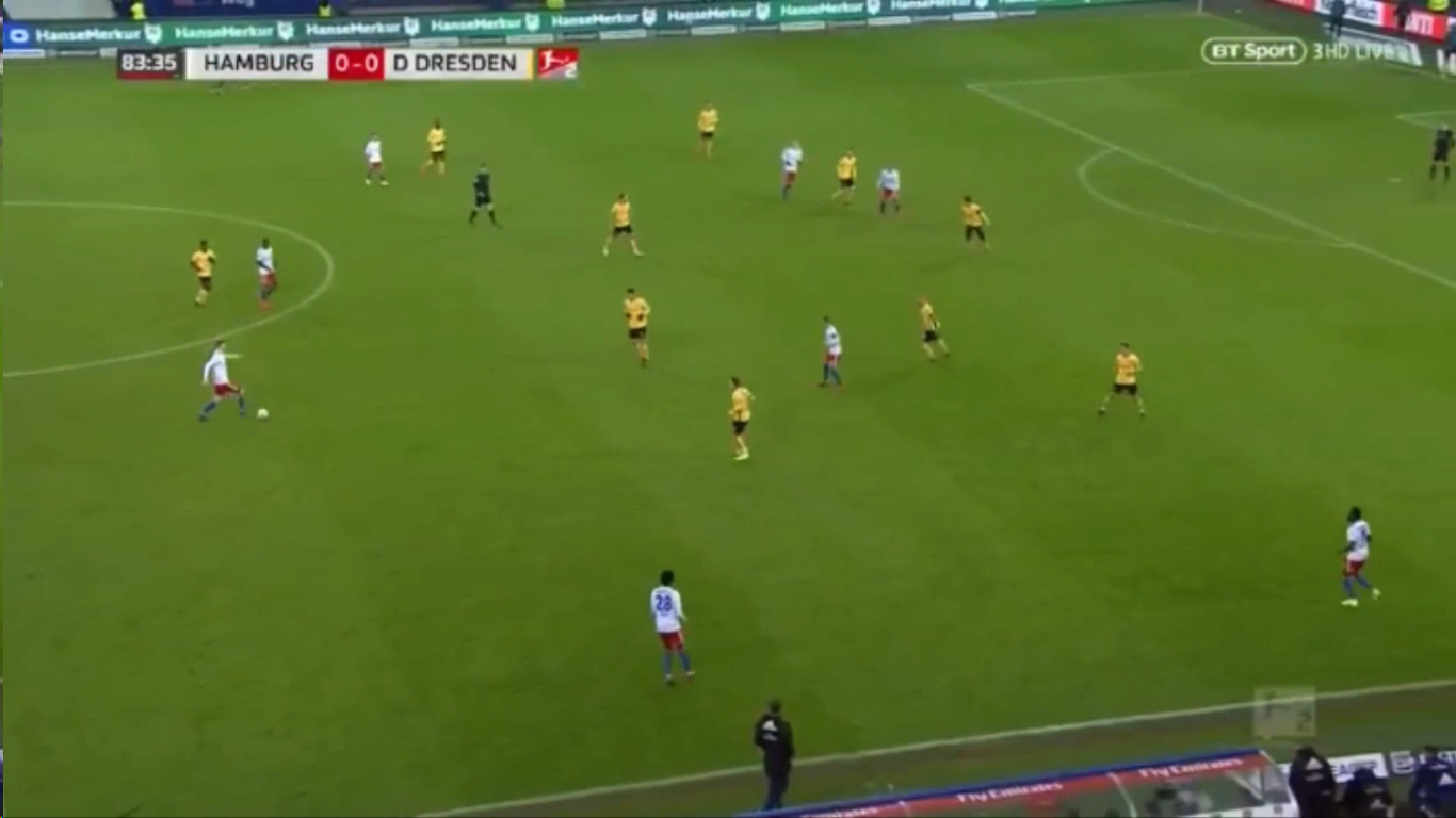 11-02-2019 - Hamburger SV 1-0 SG Dynamo Dresden (2. BUNDESLIGA)